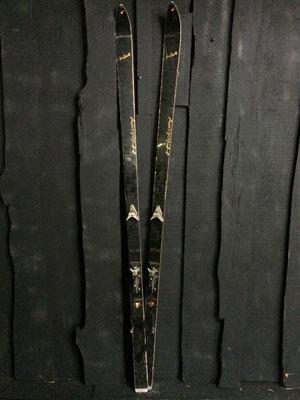 skis vintage altipic ref 027 réservé