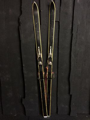 skis vintage altipic ref 021 reservé