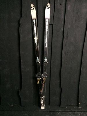 skis vintage altipic ref 004 réservé