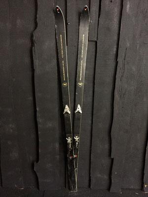 skis vintage altipic ref 019 réservé