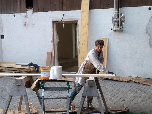 Fassadenholz streichen