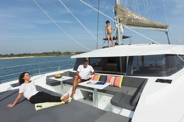 Bali-Yacht vorne