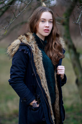 Portraitshooting mit Mareike| outdoor, Winter, Fashion, Winterjacke, Natur