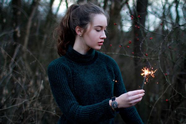 Portraitshooting mit Mareike| outdoor, Winter, Fashion, Wiese,  Wunderkerze
