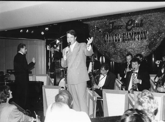 Super Swing Machine de Gérard Badini avec Michel Leeb, Christophe Le Van, Hervé Meschinet... Paris