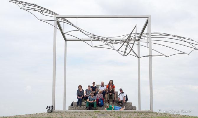 Gruppenfoto am Lilienthal- Denkmal-  Foto: Wolfgang Ewert