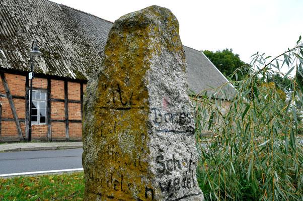Historische Meilensäule in Schmölau
