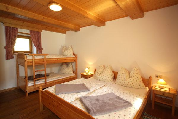 Fewo Blumenwiese - Schlafzimmer für 4 Personen