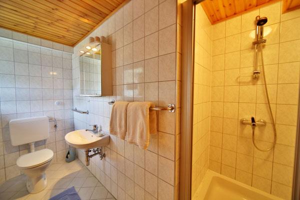 Fewo Blumenwiese - Badezimmer