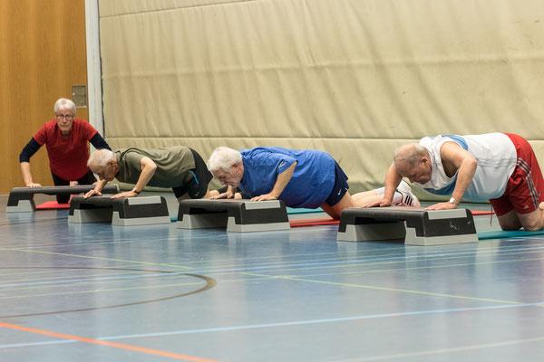 Senioren Kräftigung