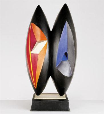 Wander Bertoni  Titel: Das Doppelte D  Technik: Polyester, polychromiert  Größe: Höhe 89 cm  Jahr: Entwurf 1955