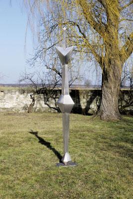 Wander Bertoni  Titel: Sonnenanbeter  Technik: Stahl, geschweißt  Größe: Höhe 317 cm  Edition: Unikat  Jahr: Entwurf 1964