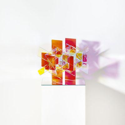 Bobst Heinrich, 010218, 2018, 30 x 30 x 42 cm, Acrylglas beschichtet / acrylic glass