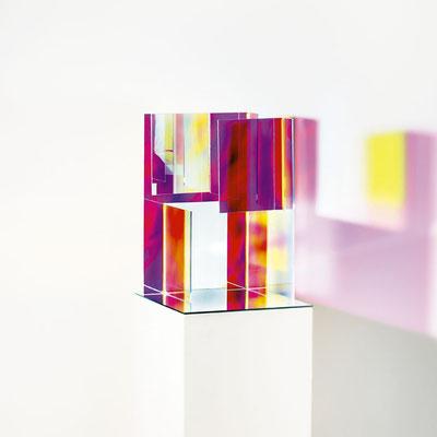 Bobst Heinrich, 080717, 2017, 25 x 25 x 40 cm, Acrylglas beschichtet / acrylic glass
