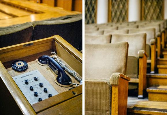 Großer Sendesaal /Stühle und Telefon