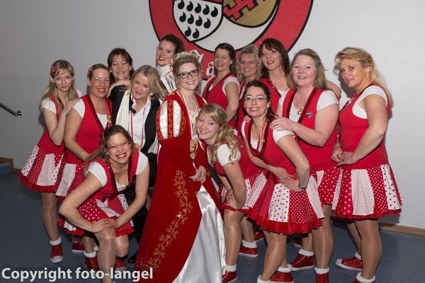 Kostümsitzung 2016 - Rahmkamellchen mit der Jungfrau des Porzer Dreigestirns 2016, Jana Kaemnick