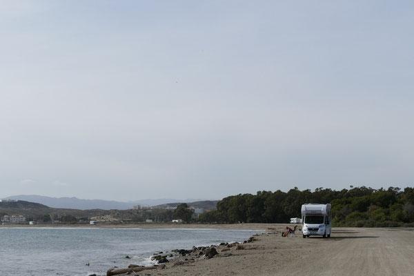 Am Strand von Palomares haben wir viel Platz