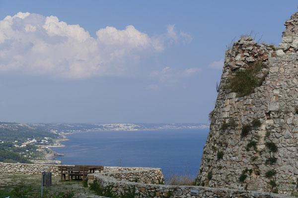 Überall entlang der Küste des Salento gibt es diese Torri