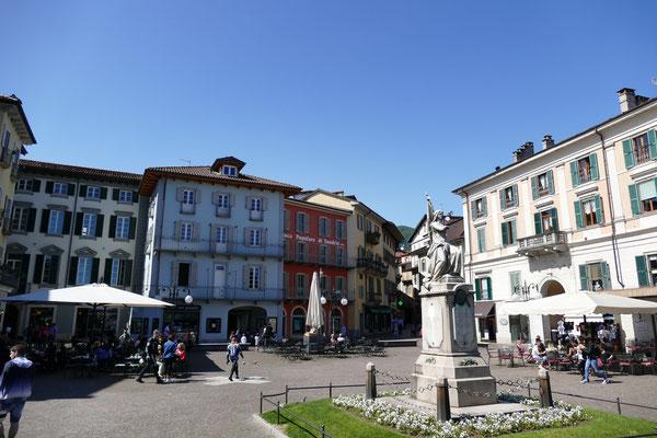 Marktplatz von Verbania