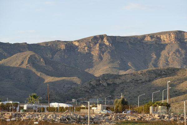 Die Berge rund um Puerto de Mazarrón
