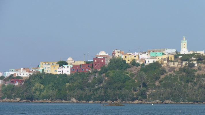 Moulay Bousselham von der Lagune aus gesehen