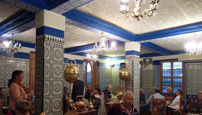 Abendessen im lokalen Hotel