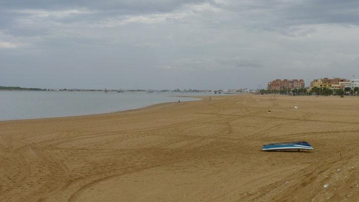 Einsamer Strand in Sanlucar de Barrameda