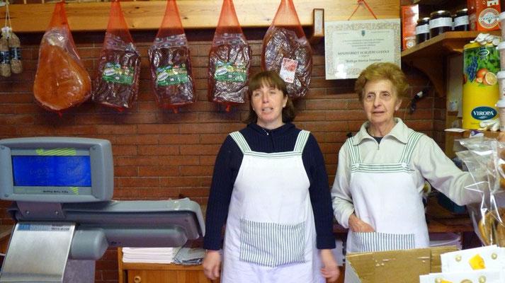 In Carbonare hat uns die ältere Dame Panini für die Mittagspause vorbereitet