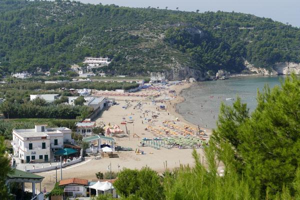 Baia Peschici mit vielen Camping- und Stellplätzen