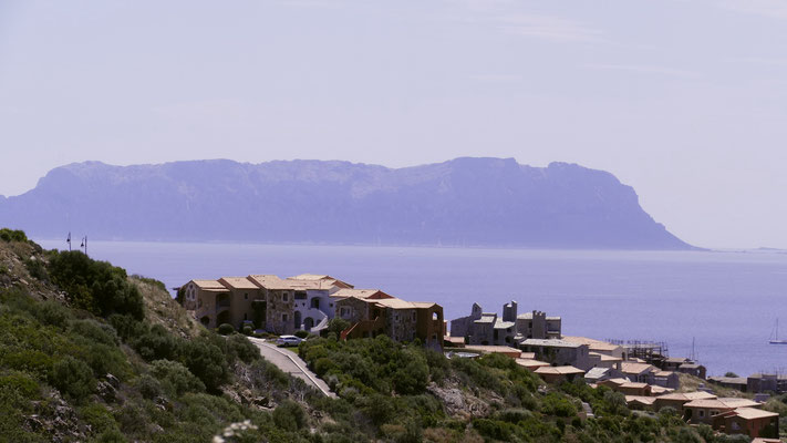 Isola Tavolara von der nördlichen Seite