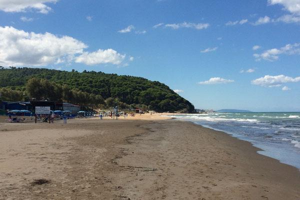 Strand vor unserem Stellplatz