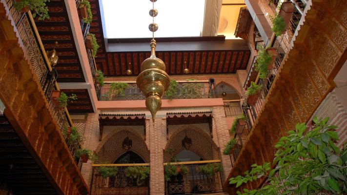 Innenhof des Hotels Mabrouk inmitten von Marrakech