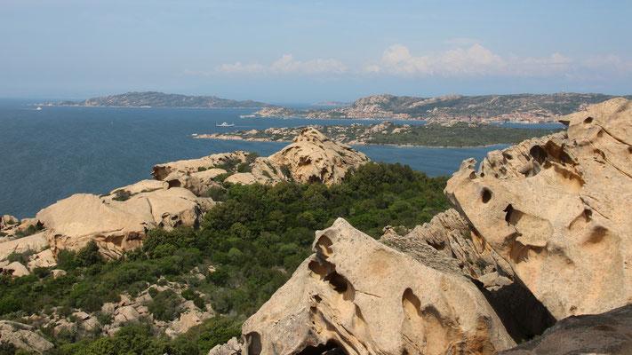 Aussicht vom Capo d'Orso auf den Maddalena-Archipel