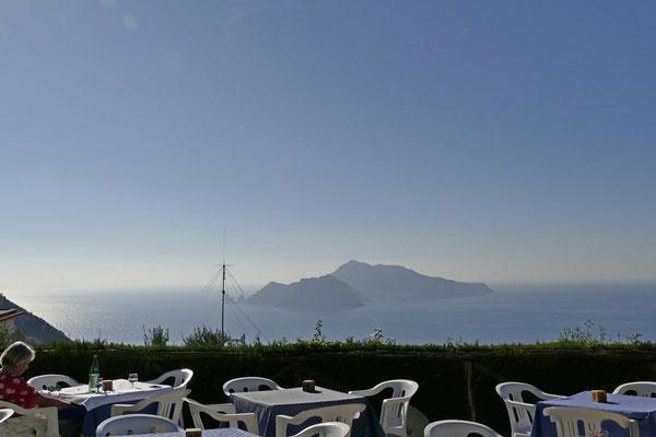 Unser Restaurant mit Aussicht auf Capri
