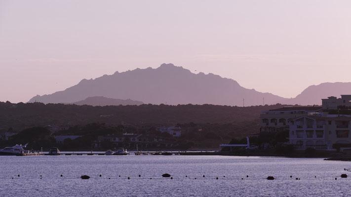 Abendstimmungin der Bucht von Golfo Aranci