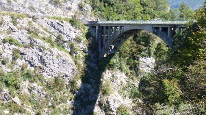 Brücke bei Ponte Arche