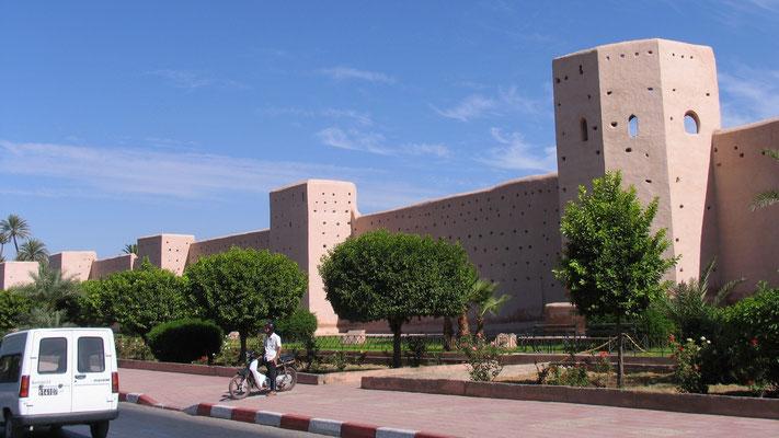 Die Stadtmauer von Marrakech