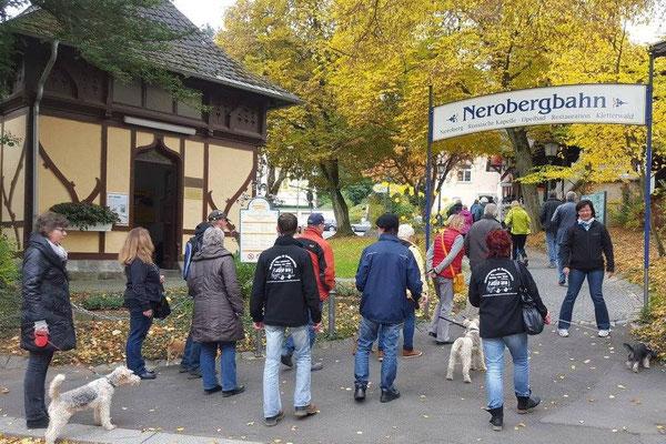 Auf zum Neroberg mit der Zahnstangenbahn