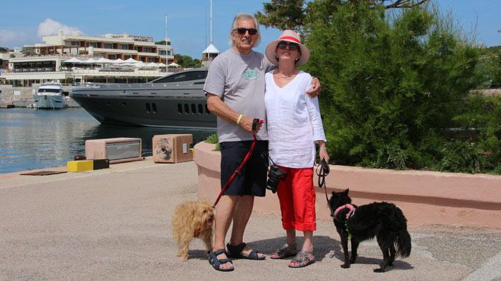Meine Frau, meine Yacht, meine Hunde