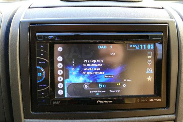 Multimedia-Radio mit DVD, FM, AM, DAB+, Bluetooth, USB, iPhone-Anschluss, Freisprecheinrichtung