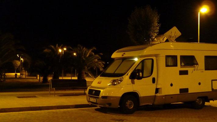 Wir standen völlig ruhig und einsam am Rand von Les Cases d'Alcanar