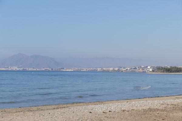 Blick auf Puerto de Mazarrón und Isla Plana