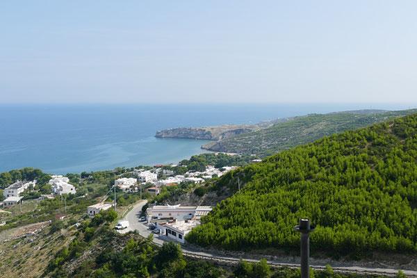 Blick von Peschici auf die östliche Küste