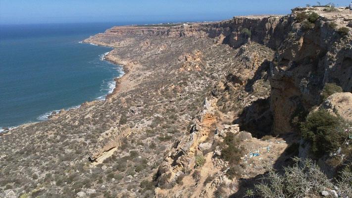 Steilküste kurz vor der Stadt Safi