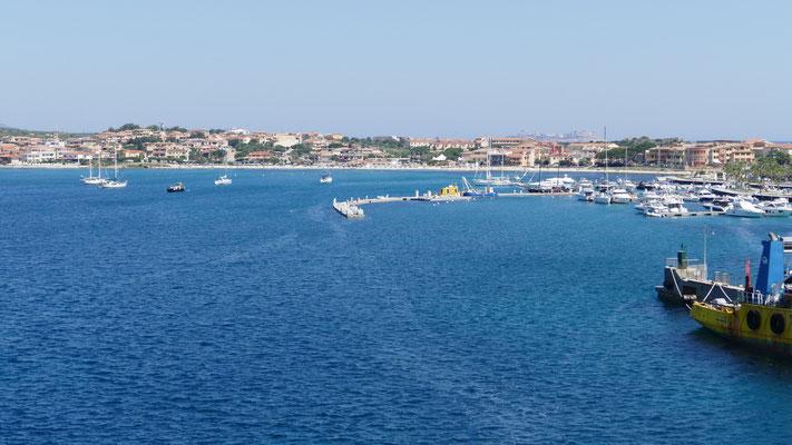 Der Hafen von Golfo Aranci