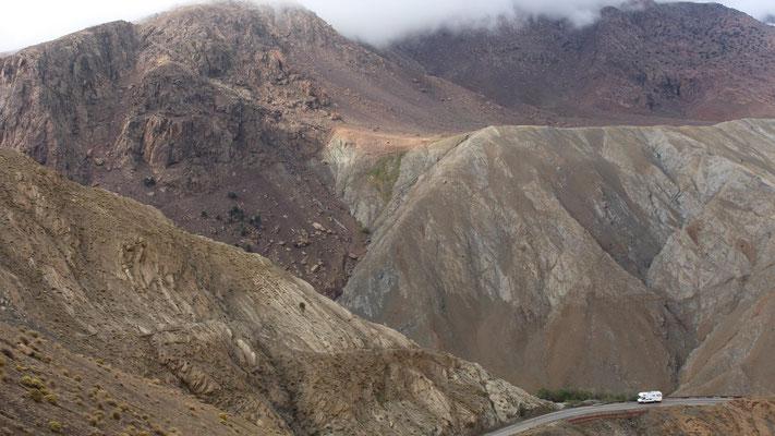 Die Bergmassive im Hohen Atlas sind gigantisch