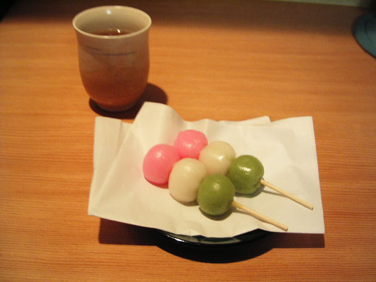 Brochette japonaise Dango