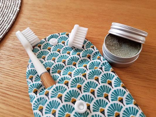 brosse à dents écologique, pochette à brosse à dents, dentifrice solide