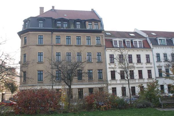 Eckhaus, Krüppelwalmdach, Park, Rabet, Reclamstrasse 51, Leipzig, Entmietung, Leipziger Osten, Gentrifizierung
