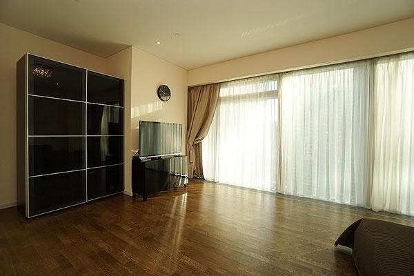 ID 045 ЖК Город Столиц - трехкомнатный апартамент в аренду.